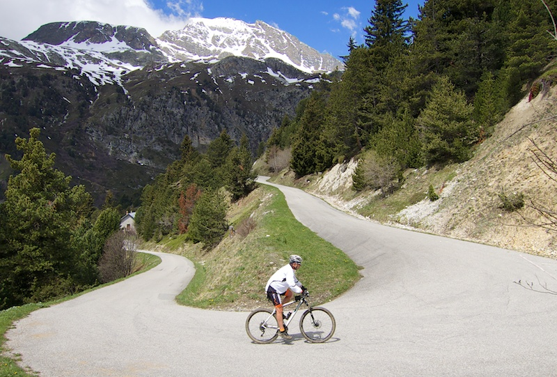 Nice hairpins above Aussois