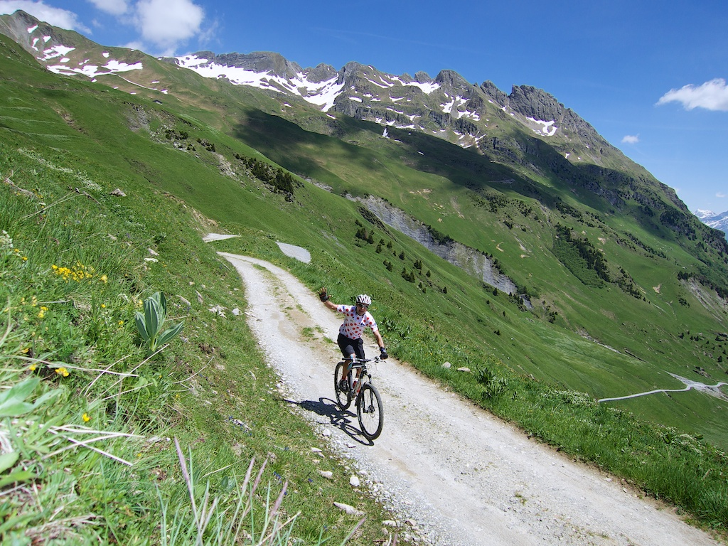 Road to Col du Coin