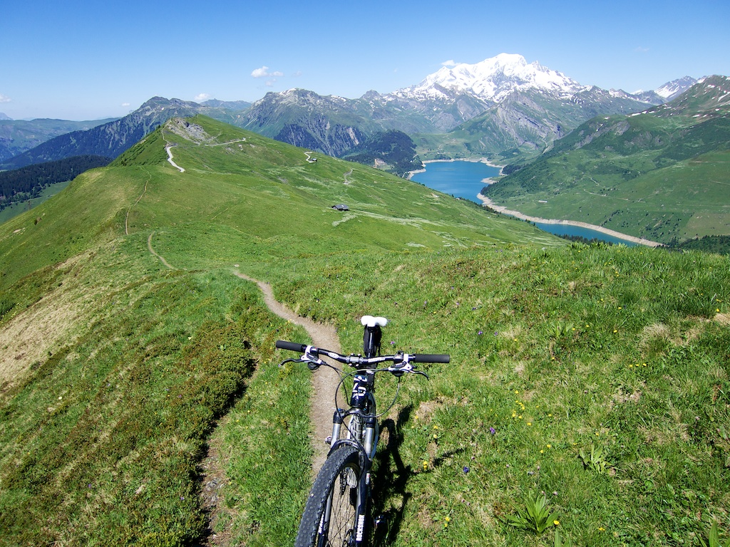Ridge Ride near Passage de Miraillet