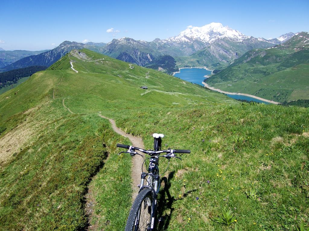 Ridge Ride near Passage de Miraillet
