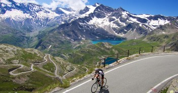 <strike>10</strike>   22 Great Cycling Climbs to Alpine Dams/Lakes