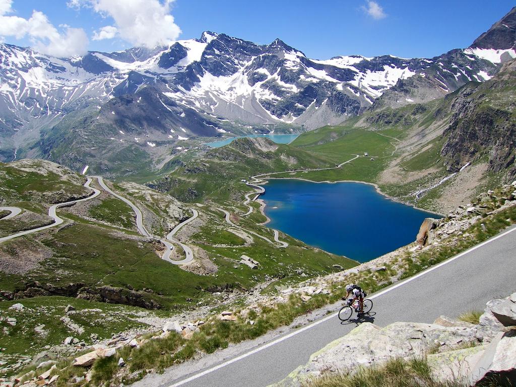Updated: 100 Cycling Climbs Better Than Alpe d'Huez