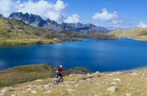Lac Bramant.  High above Col de la Croix de Fer