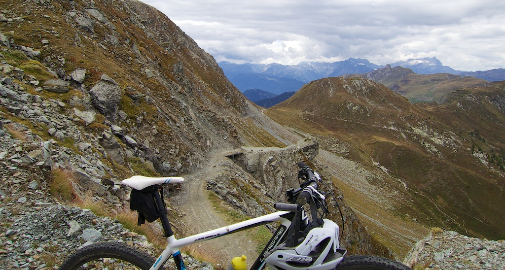 Col des Mines in background