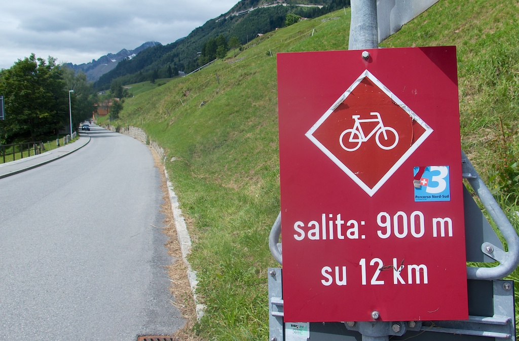 Start from Airolo (south side),