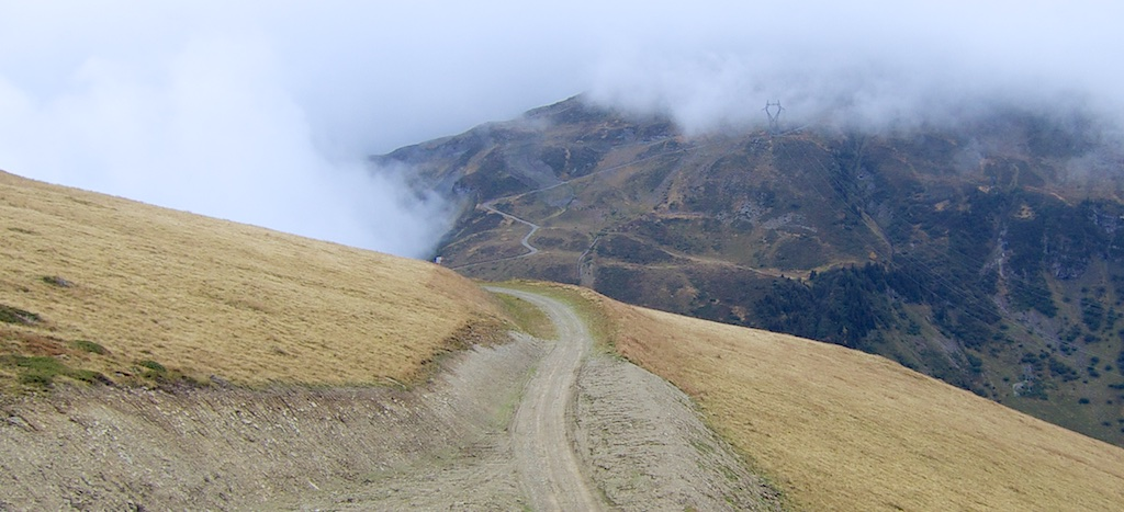 Descending to Col de Vernant