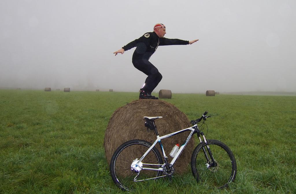 Hmmm - bend those knee Mathias!