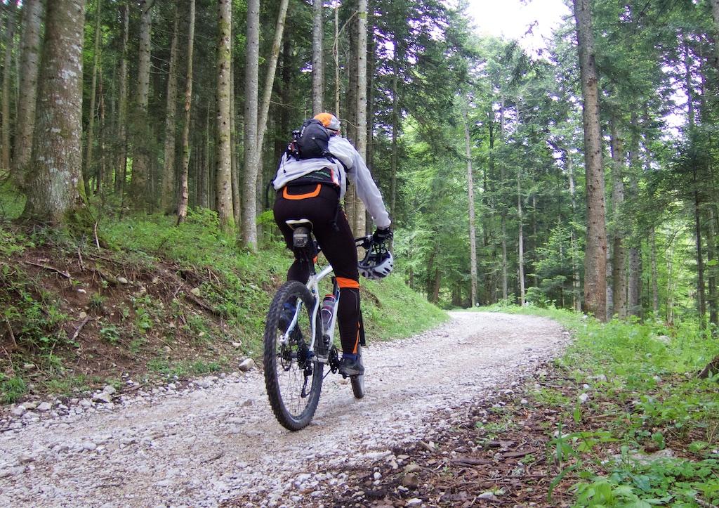 heading to Col de Landron