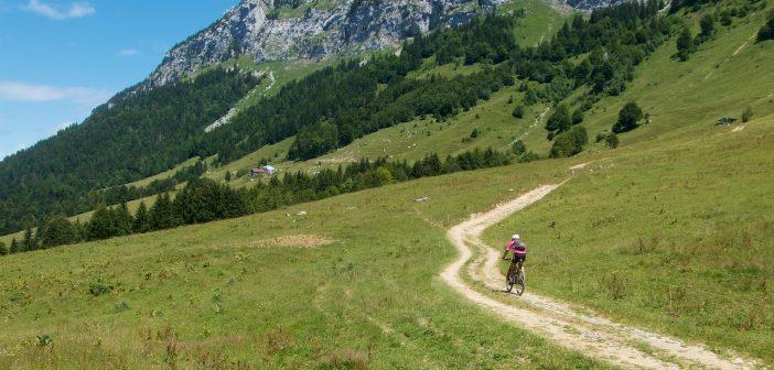 Remote Annecy Cols: Col de la Frasse, Col de Bornette, Golet de Doucy