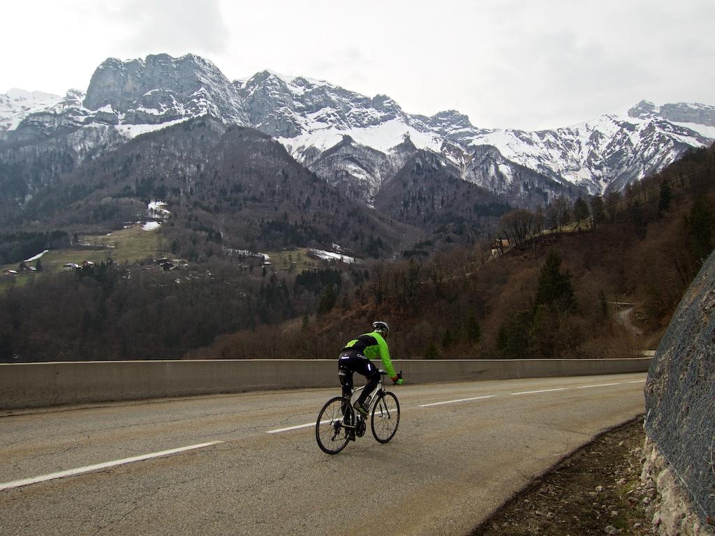 Half way up Col du Marais