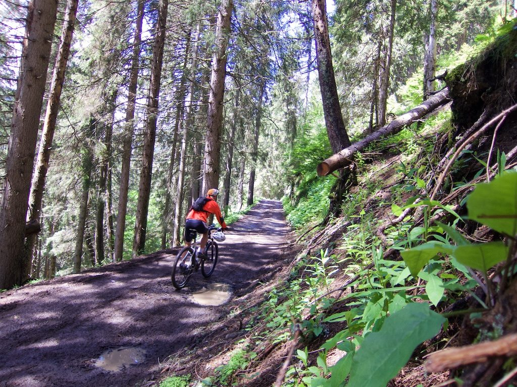 Trail to Lac de Gers