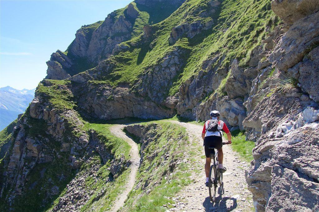 Descending Strada Militare Gran Serin to Colle delle Finestre